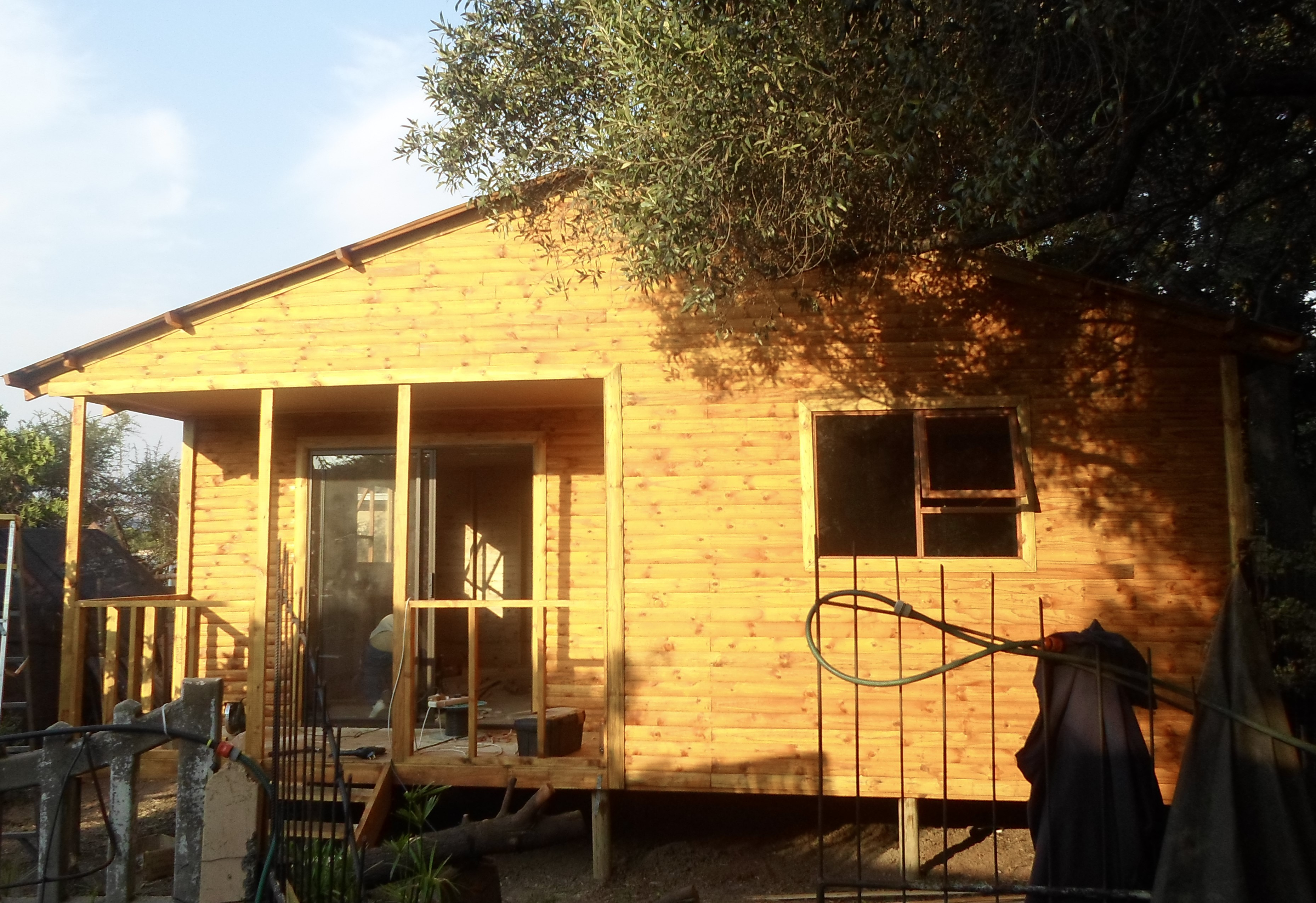 Log Unit With Veranda Steps And Sliding Door Welcome To Summit