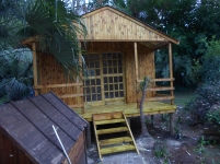 Wendy and Veranda on Stilts with Slidind Door and Steps